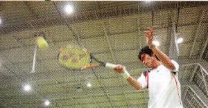 室内テニス