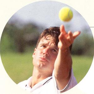 度つきスポーツ用サングラスはレンズカラーの特性を知って競技に合ったカラー選ぶことが大事。