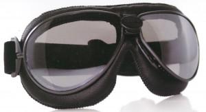 オートバイ時の度付きゴーグル、度付きサングラス選びは眼鏡専門店にお任せください。