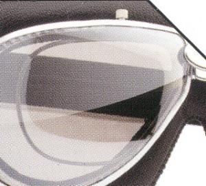 スクーター時の度付きゴーグル、度付きサングラス選びは眼鏡専門店にお任せください。