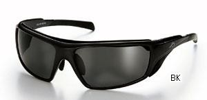 風の巻き込みを考慮した度付きロードバイク用サングラスは、スポーツグラス専門店にご相談下さい。