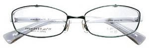 スポーツグラスに適した跳ね上げメガネフレームは、ゴルフ時にとても便利なスポーツメガネ。