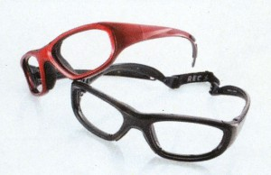 普段メガネを掛けている子供達の安全な度入りスポーツゴーグル
