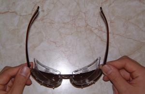 メガネを掛けている方のスポーツどきの花粉症対策としてスポーツ用度付き花粉症サングラス