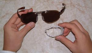 眼鏡を掛けている方のスポーツどきの花粉症対策としてスポーツ用度入り花粉症サングラス