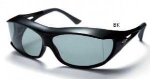 スポーツ用サングラスとして、メガネを掛けたまま掛けるオーバースポーツサングラスです。
