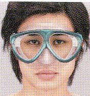 遠近両用ダイビングマスク、度つきダイビングマスクのいろいろをご提案いたします。