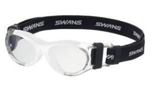 普段眼鏡を掛けている子供達のスポーツ用メガネ