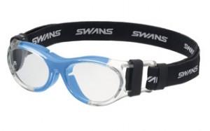 普段眼鏡を掛けている子供達のスポーツ用眼鏡