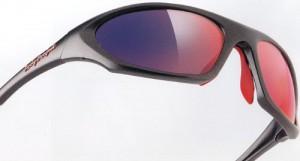 トライアスロンサングラスは、ランニング及びロードバイク時の事を考慮したサングラス設計が必要。