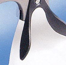 トライアスロン競技におけるサングラスは、ランニングと自転車が兼用で快適に掛けれるサングラスが必要。