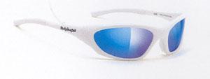 トライアスロンに適したスポーツサングラス選びは、集中力が高められる構造のサングラスが重要です。