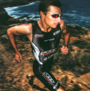 トライアスロンに適したスポーツサングラス選びには、ロードバイク、ランニングを考慮したサングラス選びが重要。