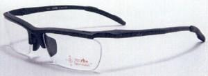 ふだん眼鏡を掛けている方のスポーツ競技に適したスポーツ用メガネフレームのご提案