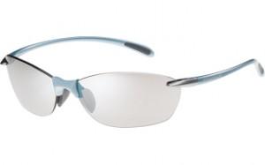 スポーツどきに最適な軽いサングラスのご提案サングラス専門ショップ。