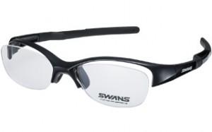 スポーツメガネ度付きをコンセプトに設計、製造されたアスリートの方のスポーツ用メガネ。