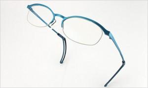 スポーツ眼鏡には、スポーツの競技に適したメガネ選びが重要。例えば、テニス用など・・・