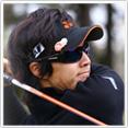 ゴルフサングラスに適したスポーツサングラス、度付き対応も可能なゴルフ用サングラス。