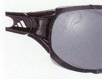スポーツ用サングラスはスポーツ競技に適したサングラス選びが重要。テニス用、野球用等