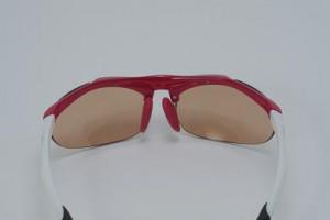 紫外線対策の子ども用サングラスは外出どきにとても重要なサングラスです。