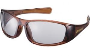 スポーツサングラスゴルフ用として、紫外線や風やホコリなどをカットできるサングラスの提案。
