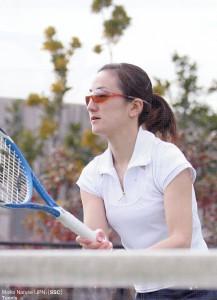 女性用テニスサングラスに度入りが可能なテニス用サングラスができました。