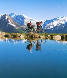 サイクリングどきの女性用自転車サングラスの度つきは眼鏡専門店にお任せください。