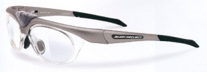 スポーツグラスとしての登山メガネ、登山サングラスは登山眼鏡専門店にご相談ください。