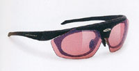 スポーツグラスとして登山度付きサングラス、登山用眼鏡の情報発信基地として営業しています。
