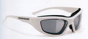 自転車どきの眼鏡、サングラス、ゴーグルは自転車競技によって選び方がちがってきます。