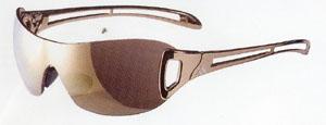 テニスに快適な度付きスポーツサングラス選びは専門のテニススポーツサングラスショップで