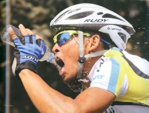 自転車用サングラスにロードバイク、マウンティンバイク、BMX等に適したサングラスがあります。