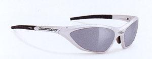 おsyれなトライアスロン用サングラスは女性に人気のスポーツサングラスです。