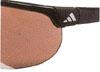 こどものゴルフ時に適したサングラス選びはお顔にフィットすることが大切です。