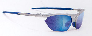 テニス用度入りサングラスの女性向きサングラス選びは、サングラスサイズを併せることが大切