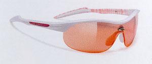 キュートなレディース用サイクリングサングラスは、フレームカラーとレンズカラー選びが重要。