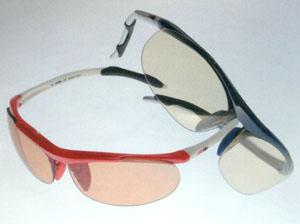 ジュニア用テニスサングラス、子供スポーツサングラステニス選びは子ども眼鏡専門店で。