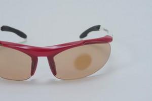 色の変わるサングラスレンズ