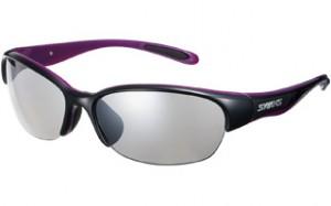 テニス用サングラスカラーの女性向は、バイオレットやピンクやパープル色のサングラス。