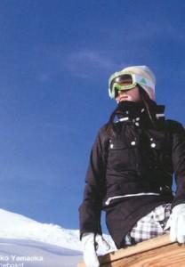 女性用ゴーグルに、メガネを掛けたまま装用頂けるスキーゴーグル、スノーボードゴーグルができました。