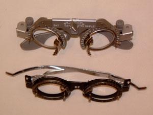 スポーツサングラス度つきには、最新の検眼技術と調整が必要です。
