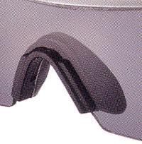 スポーツ用サングラスには、野球、ベイスボールに適したサングラスがあります。