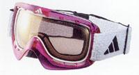 度つきスキー用ゴーグルは、近視用や遠視用や乱視用や遠近両用が作成できます。