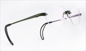 ゴルフ時のメガネとして軽く、ズレにくいメガネをご提案