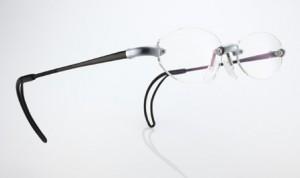 軽い度付きスポーツグラス選びは、お顔の形状を加味したオーダーメガネがお奨めです。
