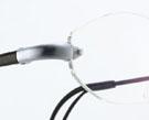 ズレない度つきスポーツ用メガネは、顔の形状を加味したフルオーダー眼鏡がお奨めです。