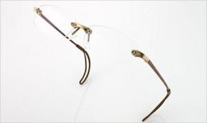 スポーツメガネはフレーム選びが命です。競技別スポーツサングラスの提案。