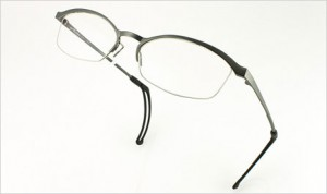 ズレにくいRuta Ash-Ru 04ゴルフどきに最適なメガネ