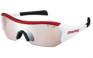スポーツグラスには、快適に走行する為の自転車時のサングラス、度つきサングラスがあります。