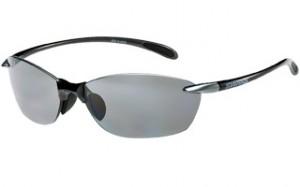 スポーツサングラスの度付きタイプには、高校野球認定サングラスもあります。
